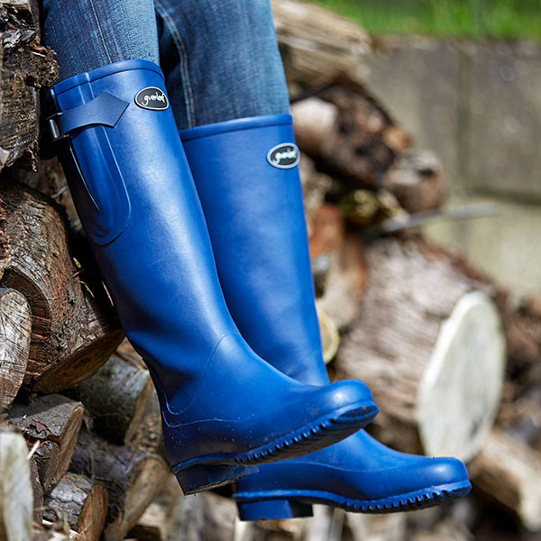 Gumleaf-Iceni-Boots-are-perfect-for-a-warm-Fall-Day