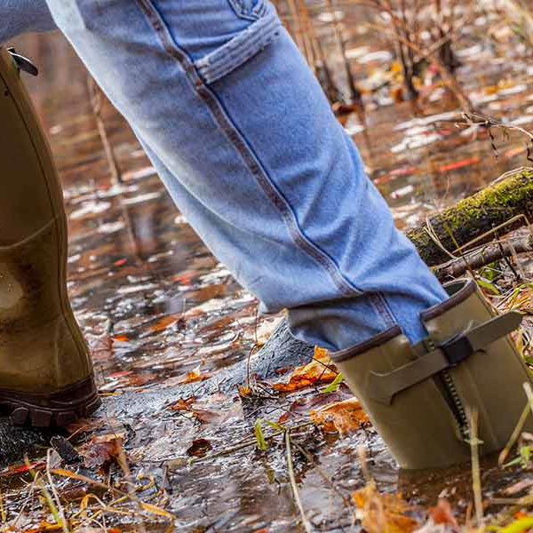 Gumleaf-Royal-Zip-Boots-stand-up-to-water-and-mud