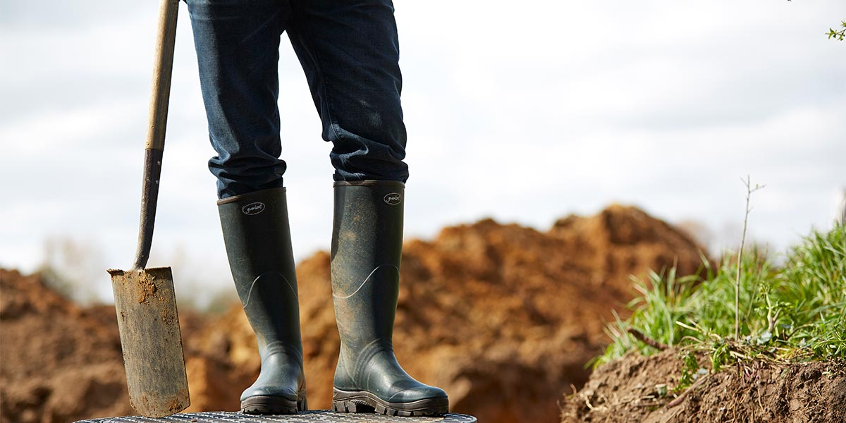 Womens-Norse-Boots-are-comfortable-for-all-day-wear